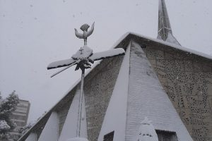 Eucaristías y actividad parroquial en tiempo de frío